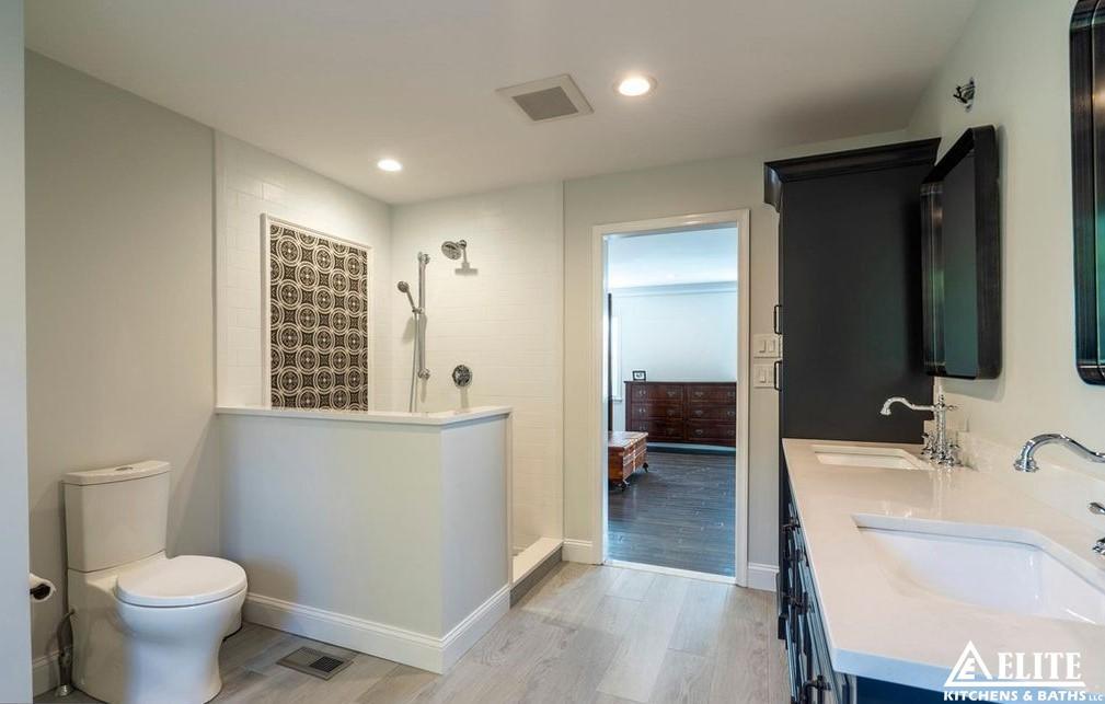 Bathrooms 69